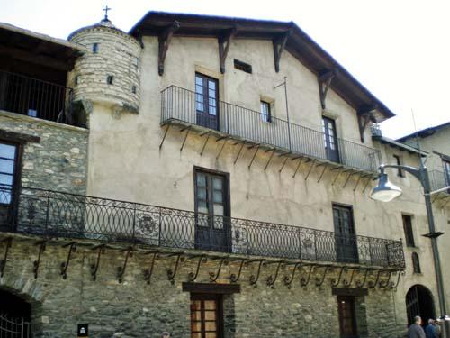 Areny-Plandolit House Museum